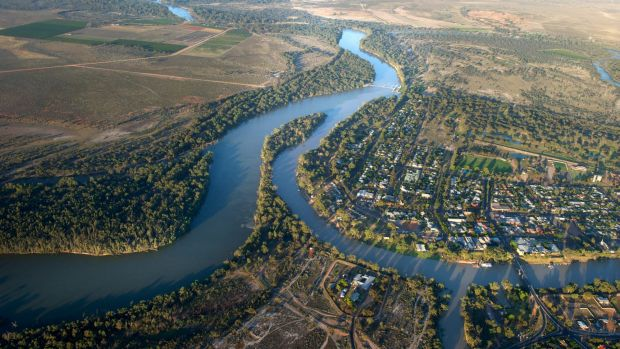Upstream, downstream: water politics in the Murray-Darling